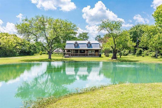 Santa Fe tx mini ranch log cabin
