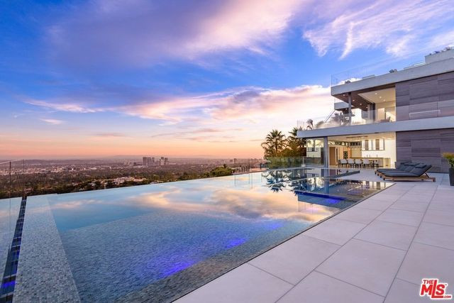 Beverly Hills CA wellness house pool view