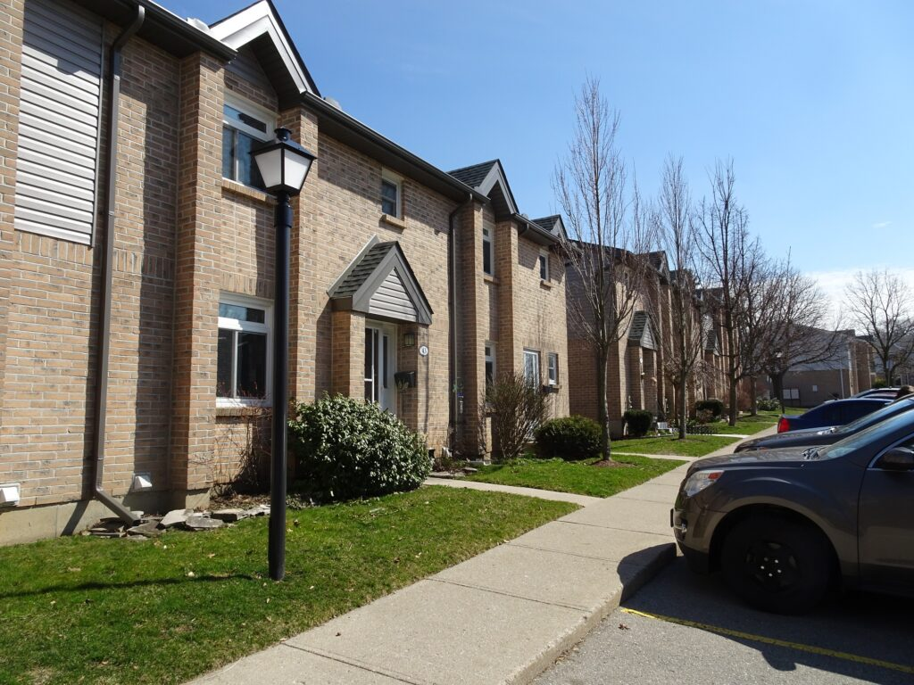 1294 Byron Baseline Road W London Ontario Townhouse condos in Byron