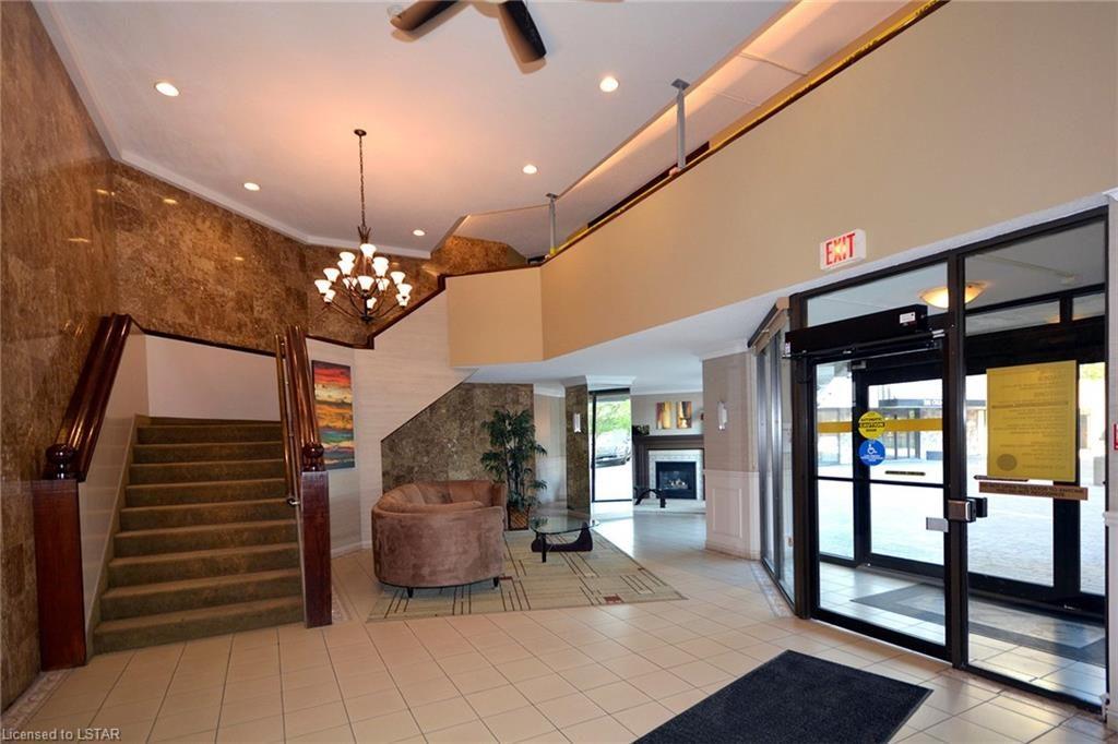 323 Colborne St London Ontario Lobby 1