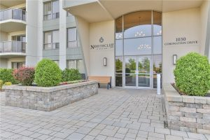 Welcome To 1030 Coronation Drive London Ontario Entrance