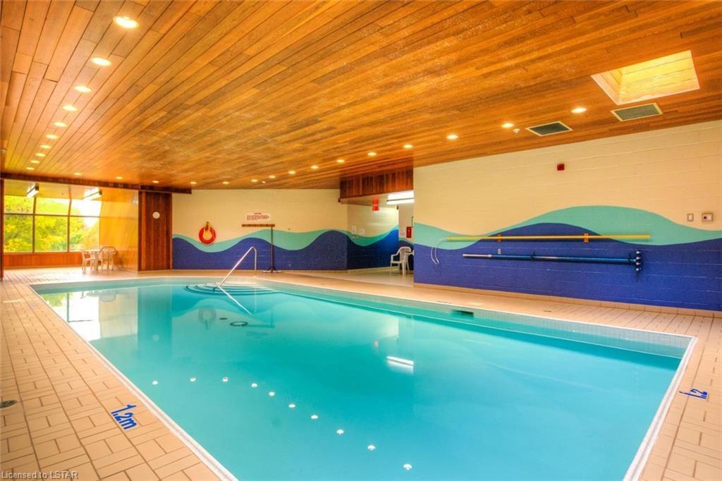 19 King St London Ontario Pool