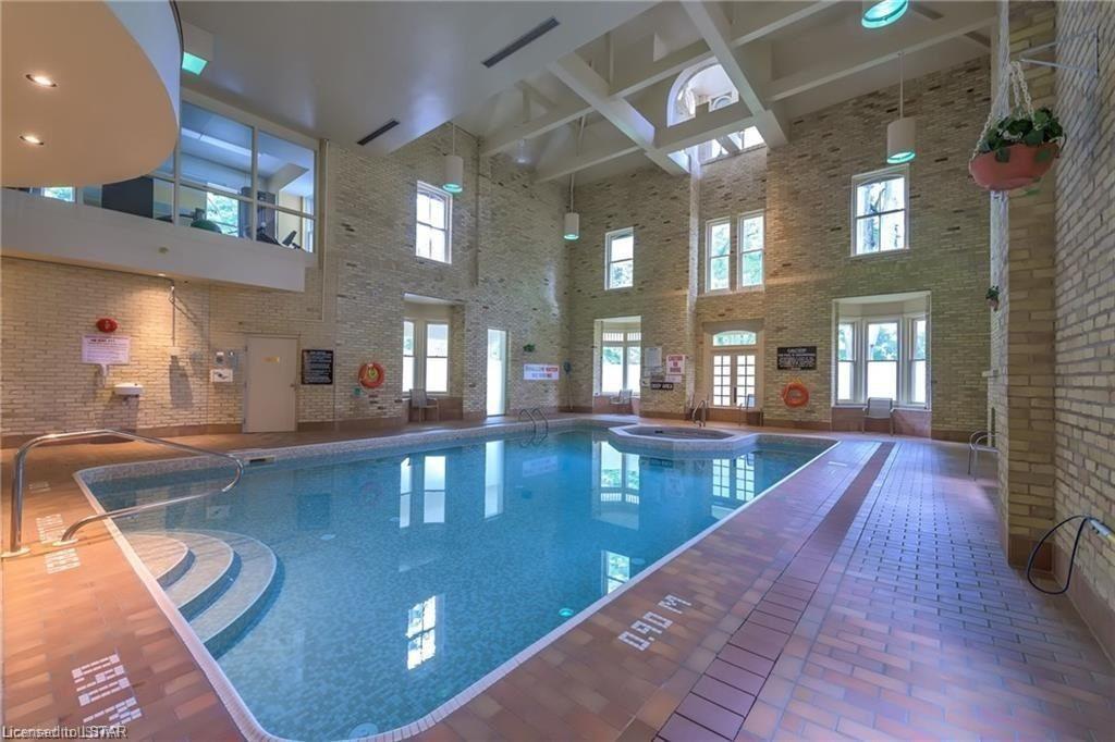 7 Picton St London Ontario Pool
