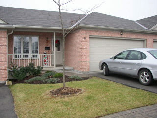 Townhouse Condos 601 Grenfell Drive London Ontario