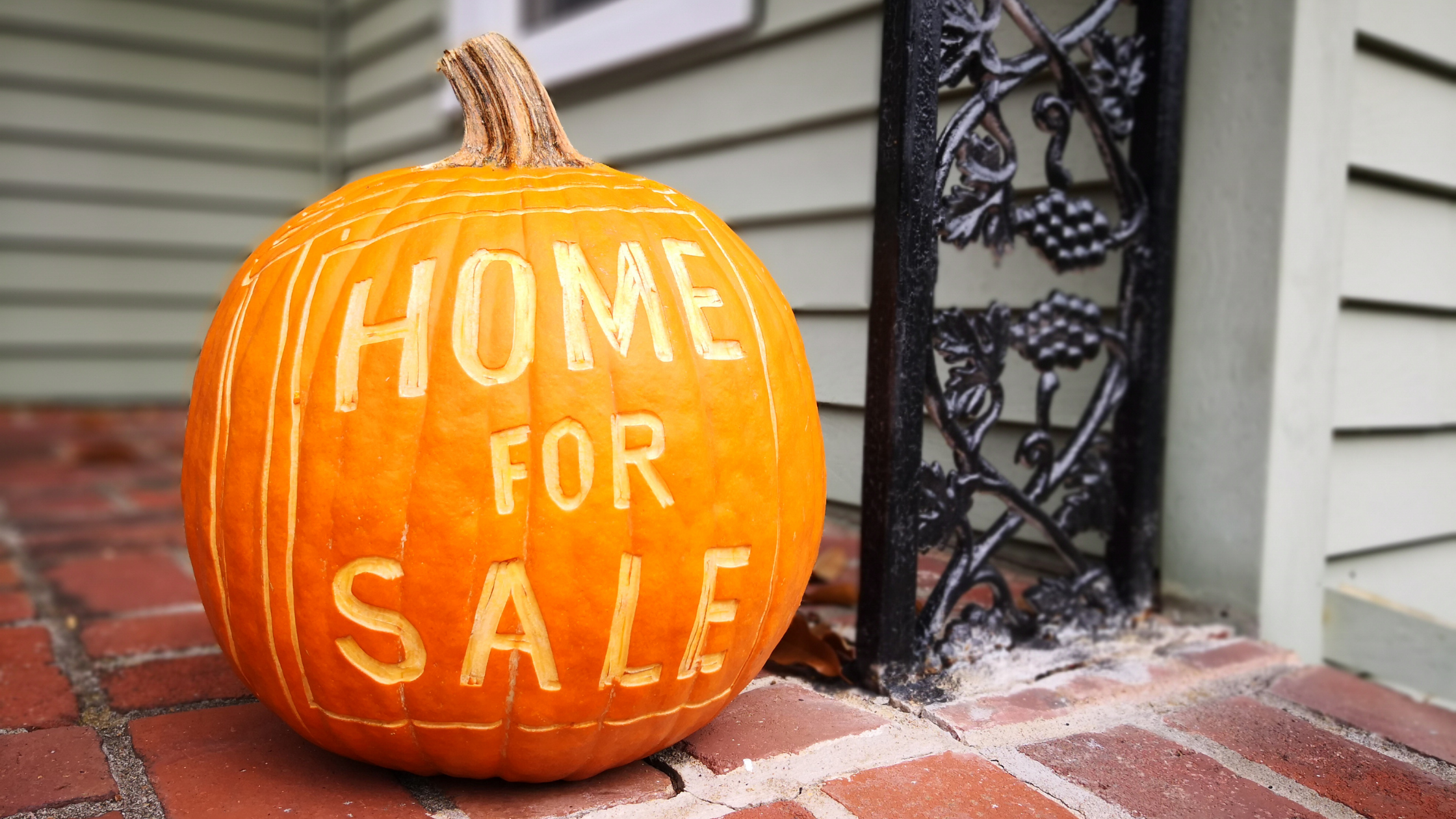 Tips for Buying a House in the Fall