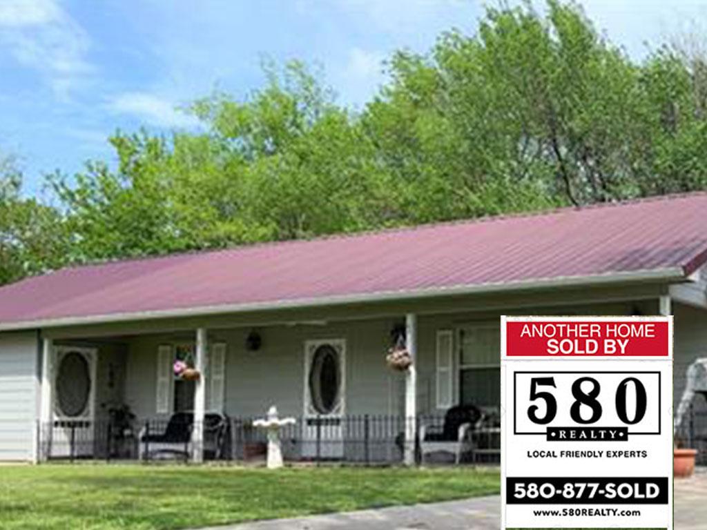 SOLD - 6 S Covington Street Coalgate OK 74538