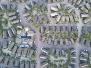 Should Your Next House Have an HOA? Here are the Pros and Cons
