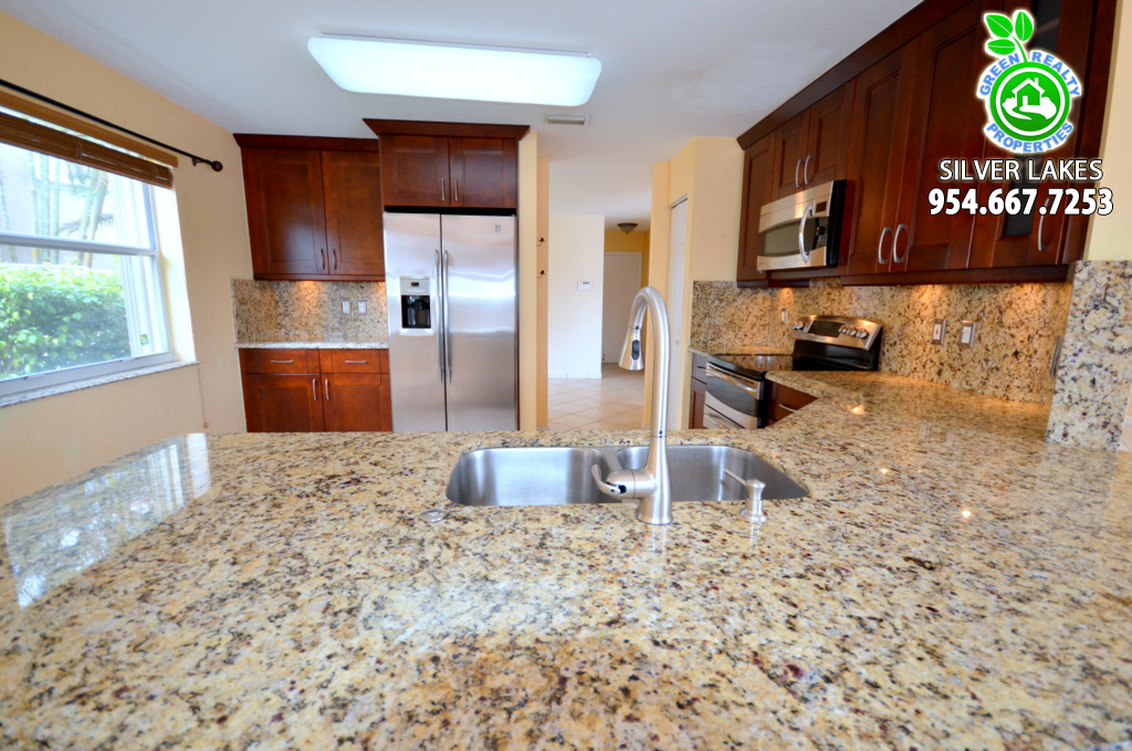 Miramar Silver Lakes Homes For Sale - 4