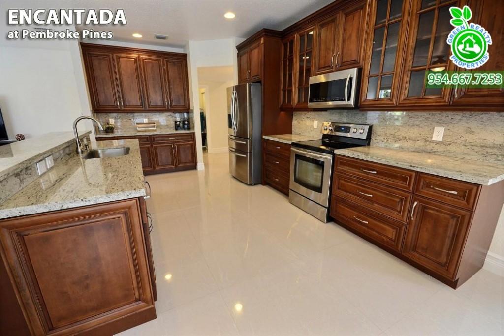 Encantada - Pembroke Pines Florida Homes 15