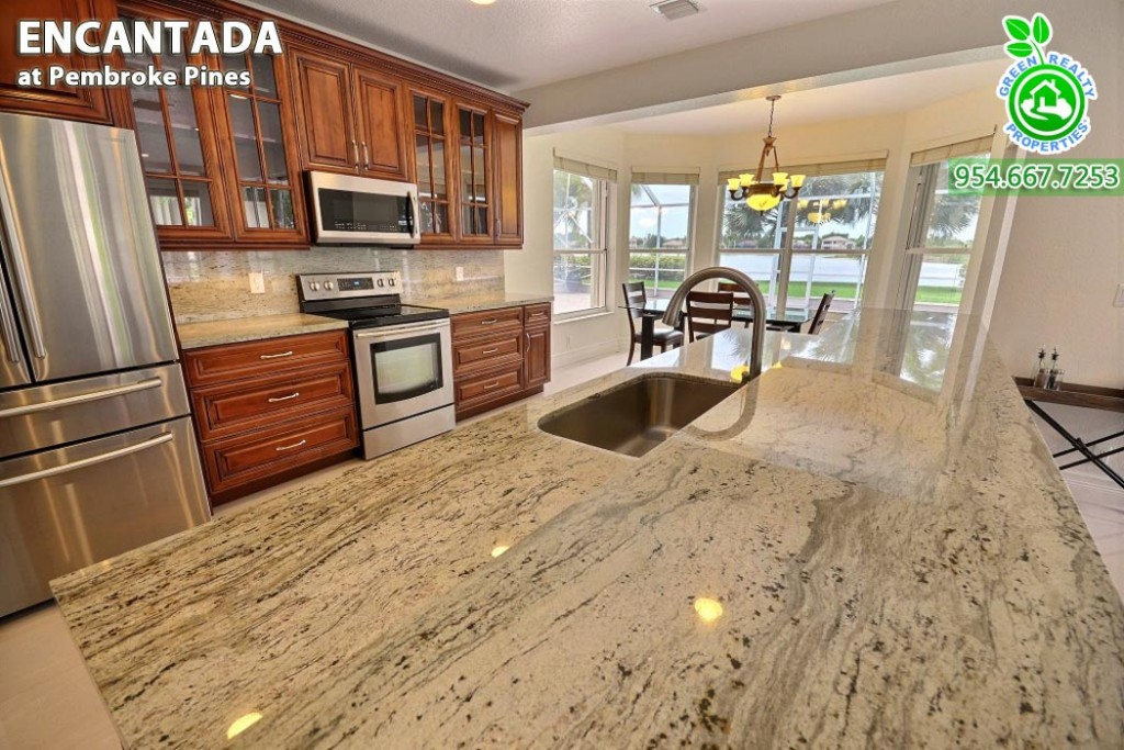 Encantada - Pembroke Pines Florida Homes 16