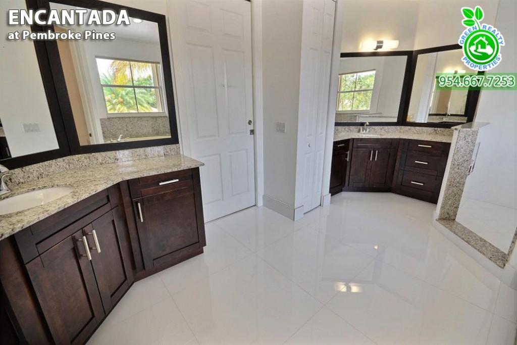 Encantada - Pembroke Pines Florida Homes 26