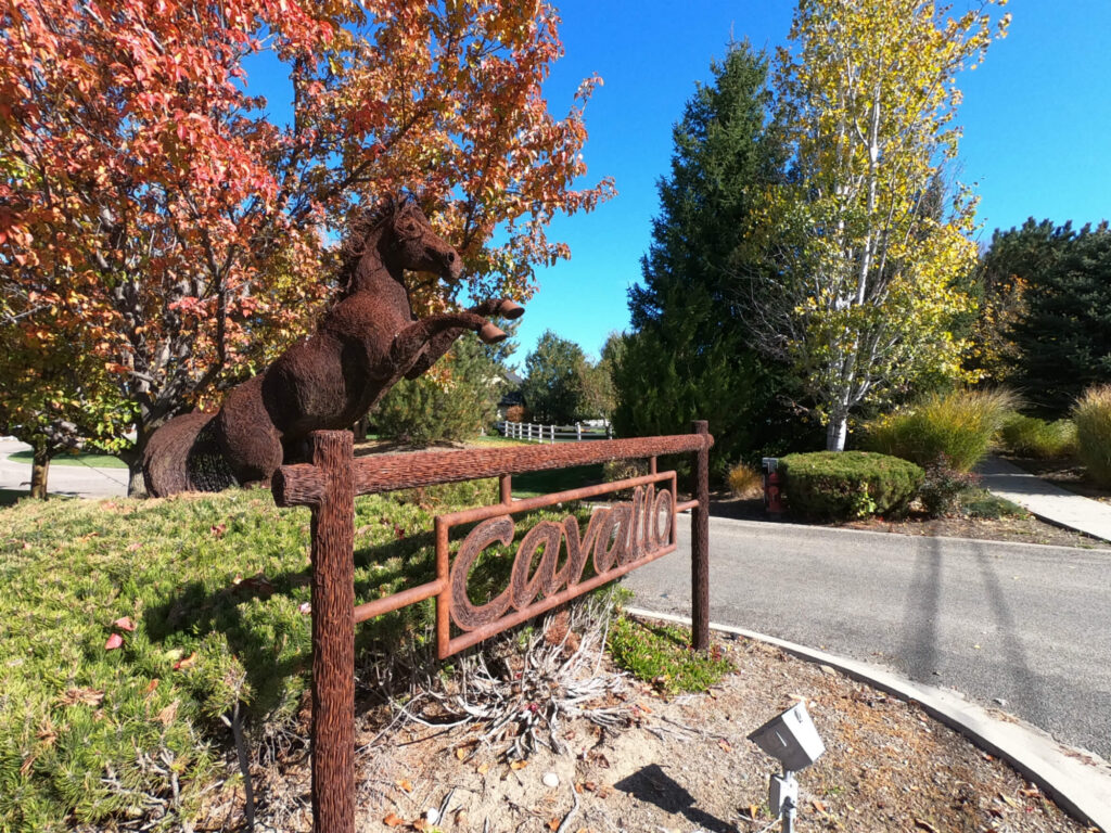 entrance to the Cavallo Estates luxury subdivision in Eagle, Idaho. Photo by Build Idaho