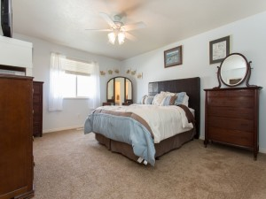1238074_Master-Bedroom_800x600