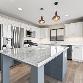 Modern kitchen renovation of Las Vegas, NV home