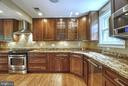 2504 Valley Dr