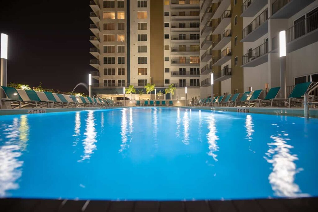 Places to live in Downtown Tampa Channel-Club-Apartments