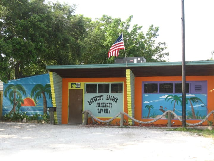 Tampa Bay Dive Bars-Barefoot-Billys-Friendly-Tavern
