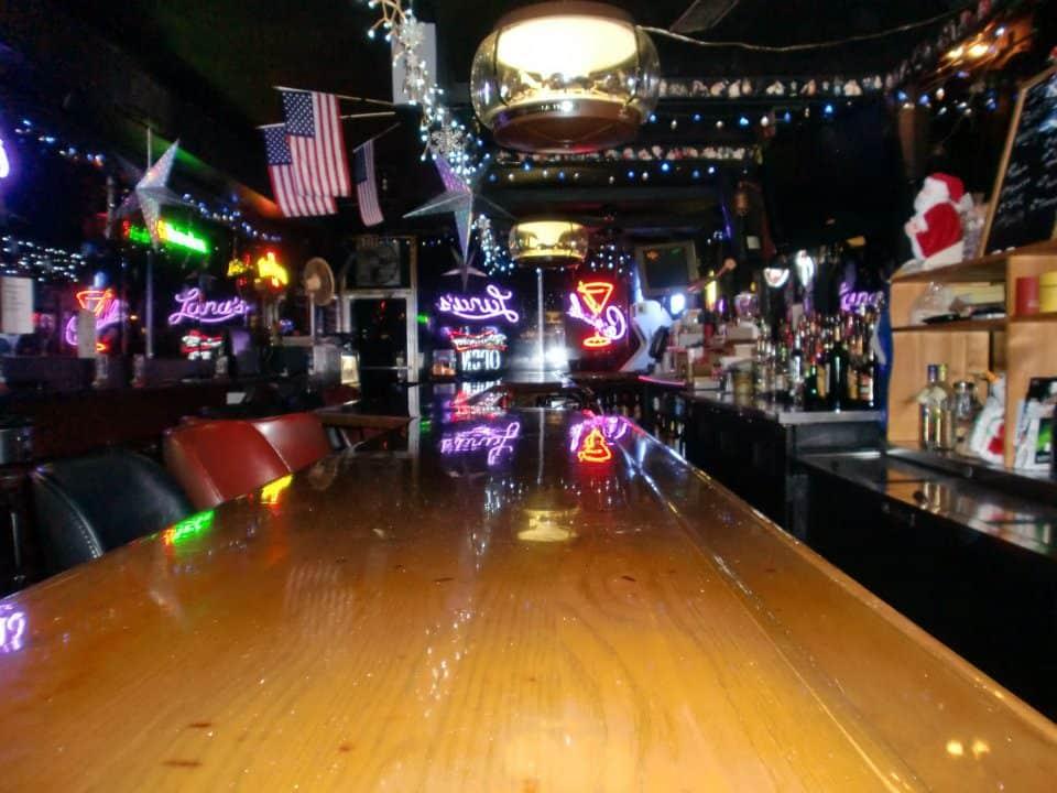 Tampa Bay Dive Bars-Lanas-Downtown-Lounge