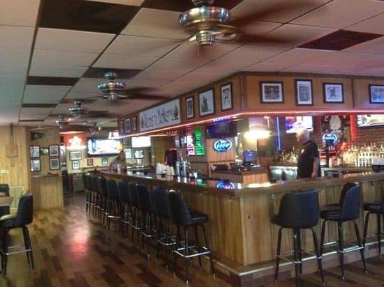 Tampa Bay Dive Bars-McNastys