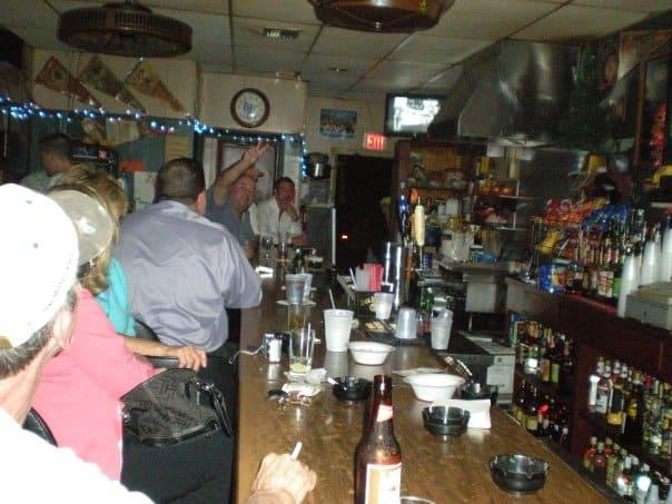 Tampa Bay Dive Bars-Pasadena-Bar-and-Grill