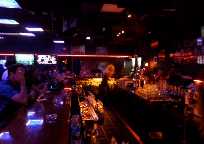 Tampa Bay Dive Bars-Razzels-Lounge