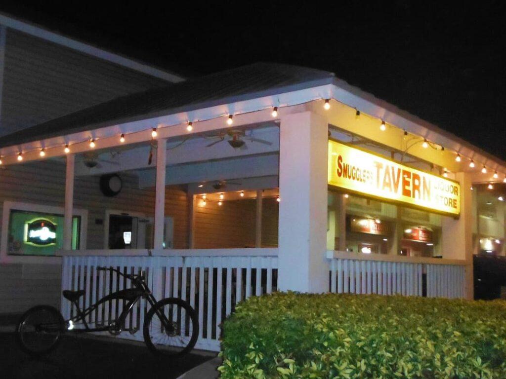 Tampa Bay Dive Bars-Smugglers-Tavern