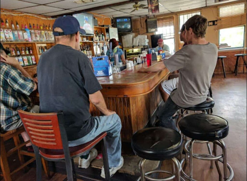 Tampa Bay Dive Bars-Sunset-Grille