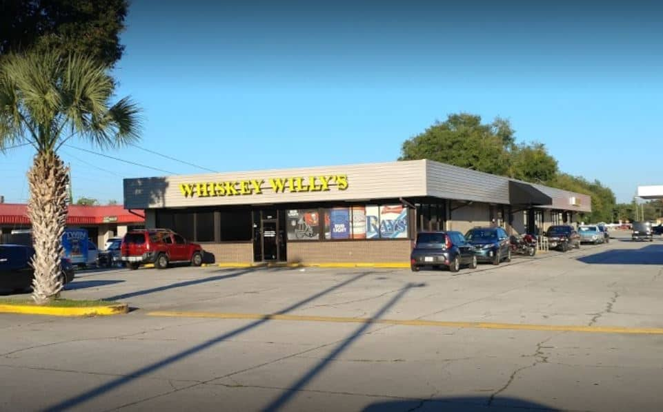 Tampa Bay Dive Bars-Whiskey-Willys